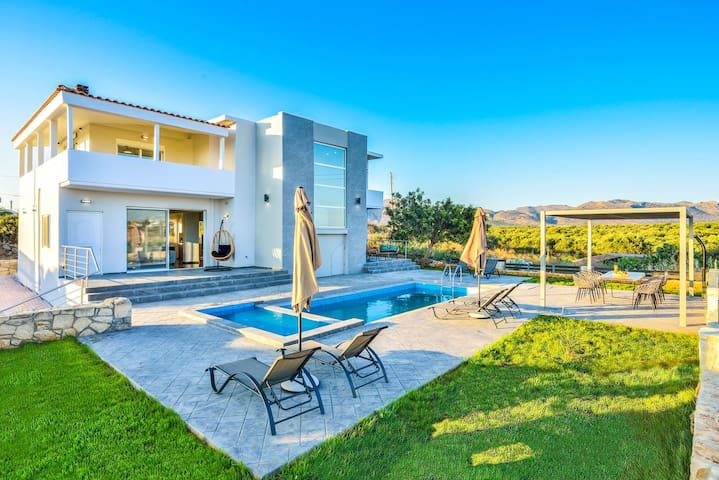 Mare Montis Luxury Villa - 1km From Kalathas Beach