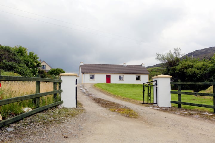 Tom's Cottage, Towney, Kilcar, Co.Donegal, F94VR90