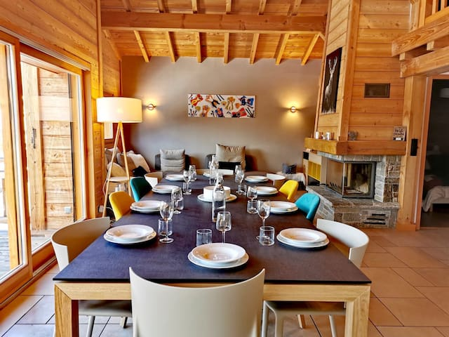 CHYELLS:Very cosy chalet, large volume, bright property, in quiet area
