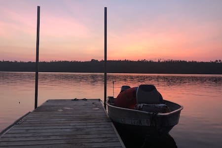 Spacious Waterfront home Boundary Waters access