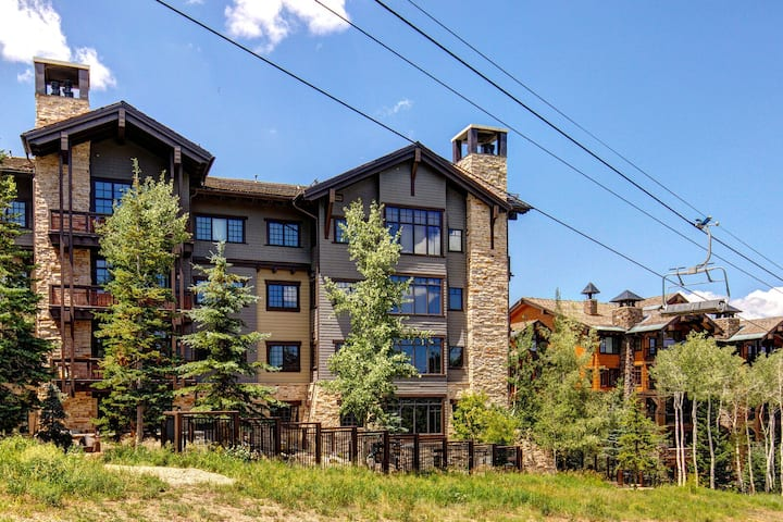 Abode at Arrowleaf   Easy Living Empire Pass Retreat for All Seasons