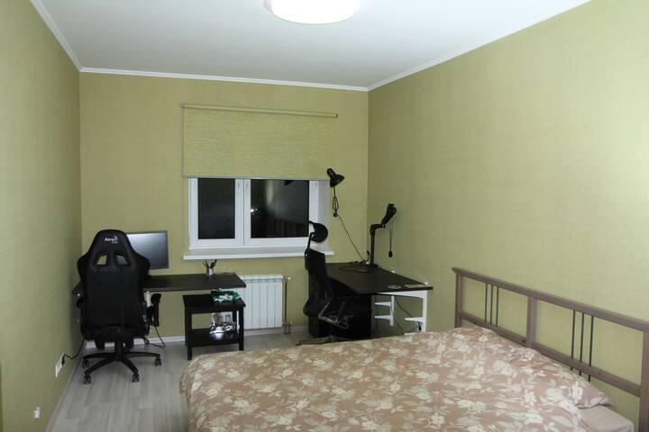 Удобные кресла для работы за компьютером.