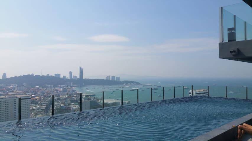 One bedroom new condo  seaview high floor - Pattaya - Apartamento