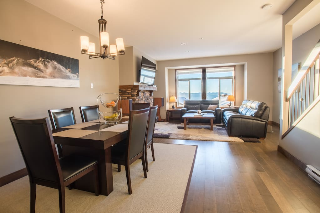 Main floor with an epic view of the Monashee Mountains