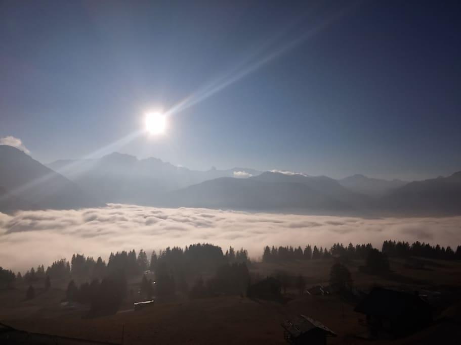 Mer de nuage dans la vallée