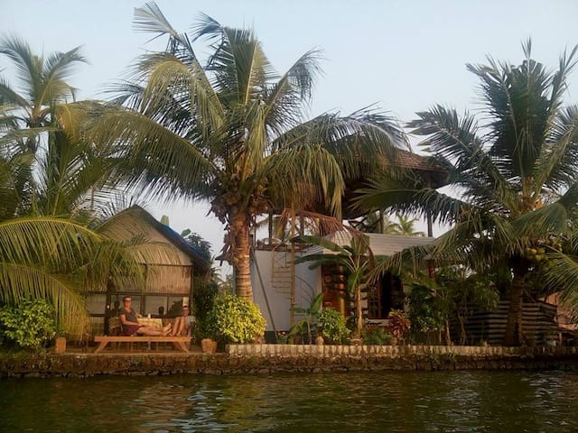 White House Homestay - Alappuzha - Penzion (B&B)