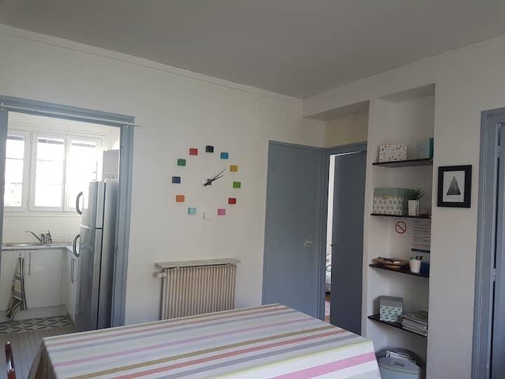 Appartement calme, 15 mn à pieds de l'hyper centre