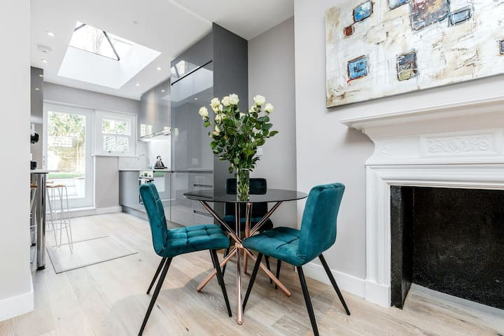 Cosy 2 bedroom, 2 bathroom in Notting Hill