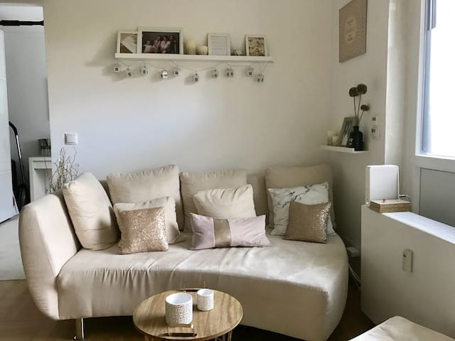 COP23: Cozy and spacious 2-room-apartment