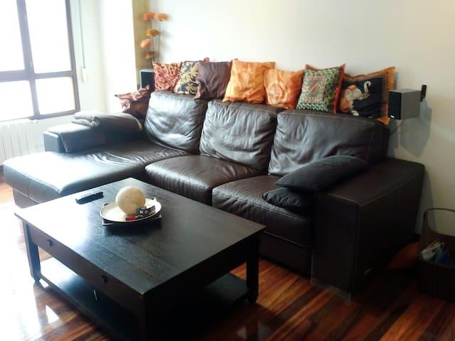 PISO CERCA DE TODO - Carandía - Apartemen