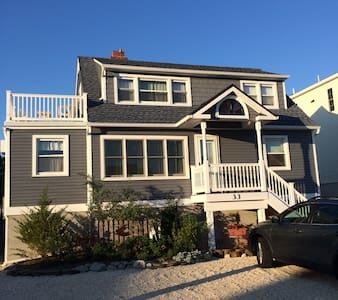 Adorable Retro Duplex Unit LBI