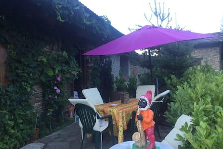 Le paradis à Pagliero - House