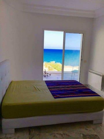 Très bel appartement vue imprenable sur mer
