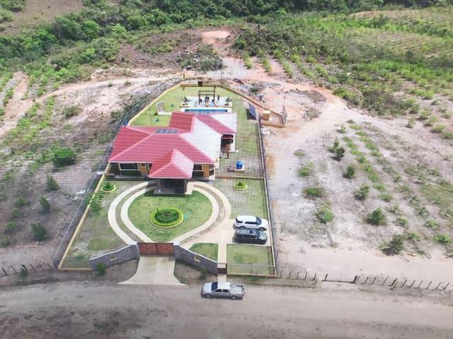 Casa de campo con piscina El Valle de Anton cerca