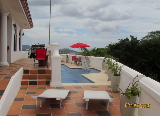 Fantastic ocean view apartment.