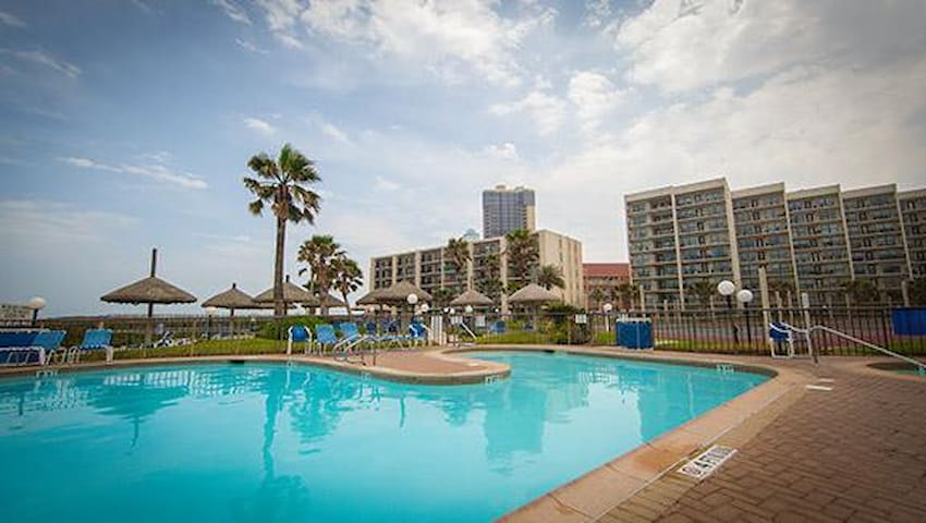Royale Beach and Tennis Club Studio - South Padre Island