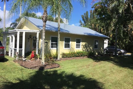 43 Palms of Stuart Florida 1