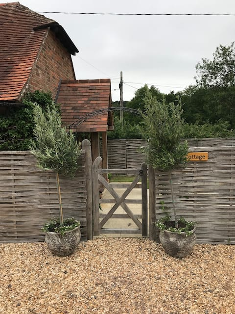 Idyllic location direct access to  the New Forest