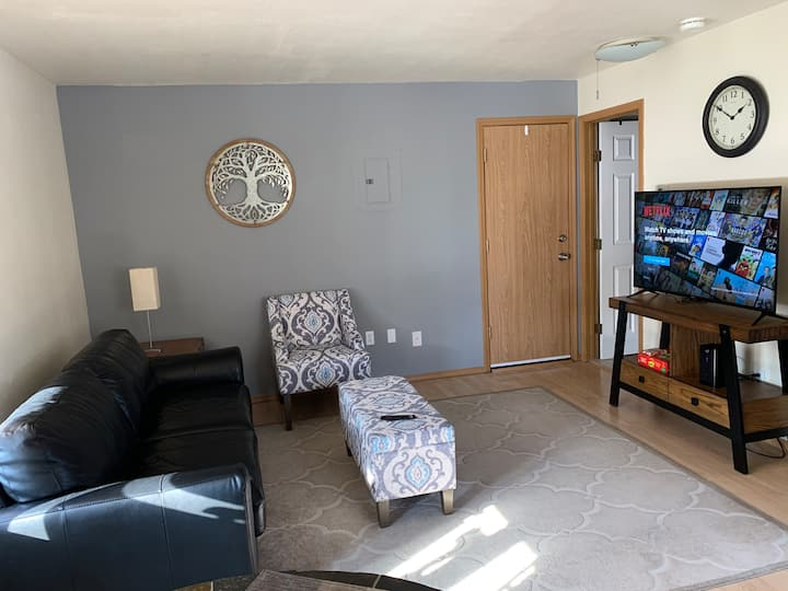 Conveniently located 1bd/1ba in shannon park area