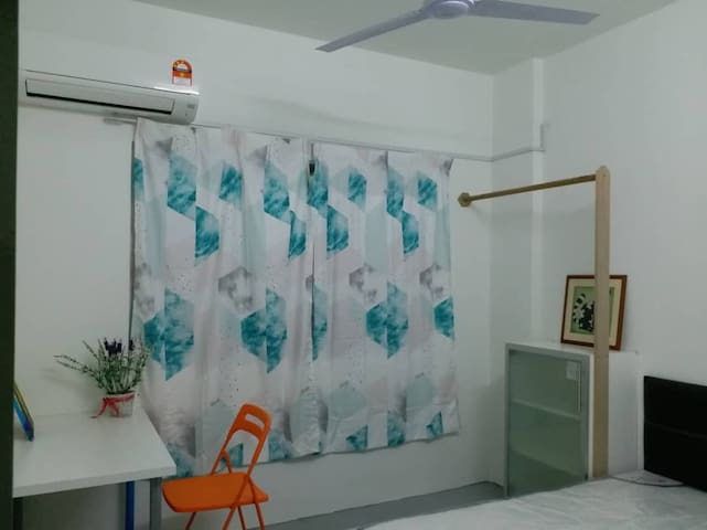 Private Bedroom at Mutiara Damansara, PJ