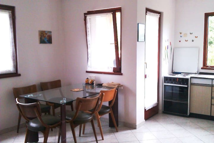 Porec App. for 4-6, near beach, in peaceful area - Općina Poreč - Apartamento