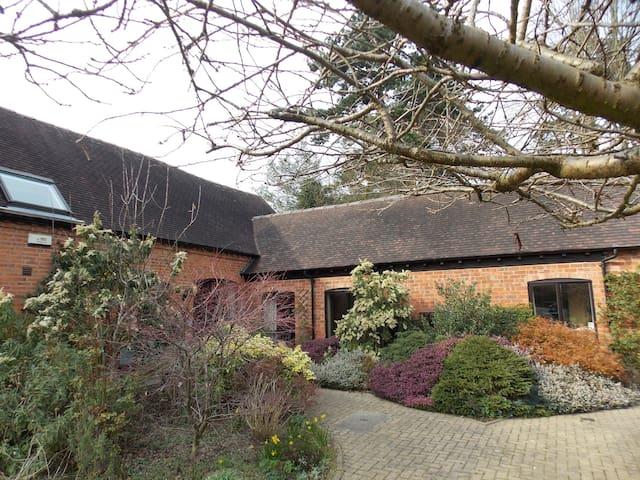 Barn conversion close to NEC & tourist hotspots