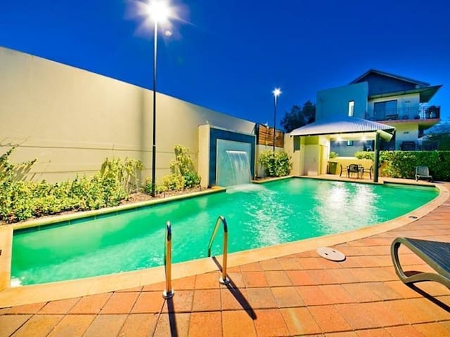 Apartment in the heart of Leederville - Leederville - Appartement