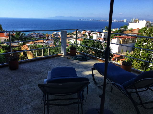 CASA AGAVE PH2 WITH PRIVATE DECK WITH AMAZIN VIEW
