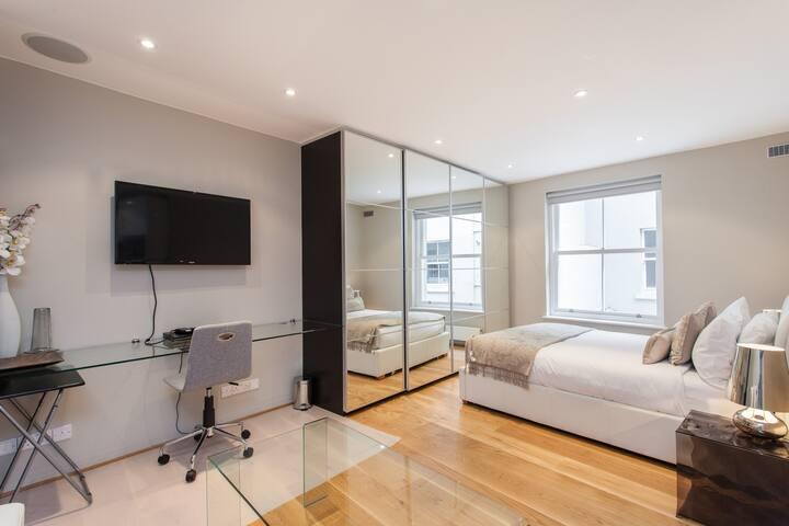 Executive Studio Apartment in South Kensington
