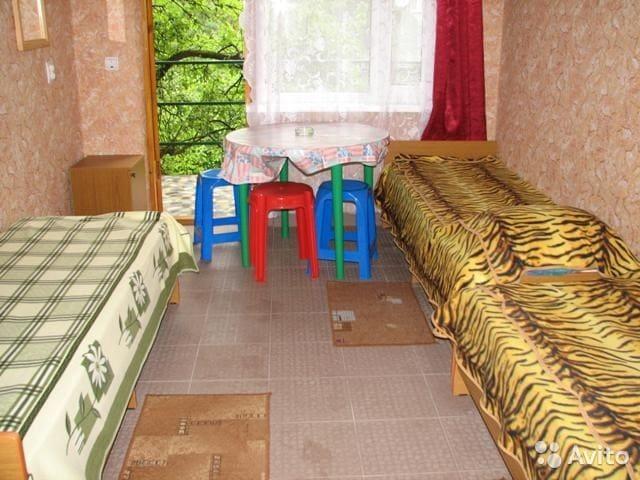 Номера-эконом класса в частном доме - лоо - Bed & Breakfast