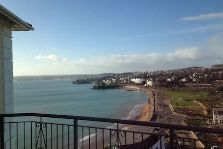 Luxurious Double, Stunning Sea View - 托基(Torquay) - 公寓