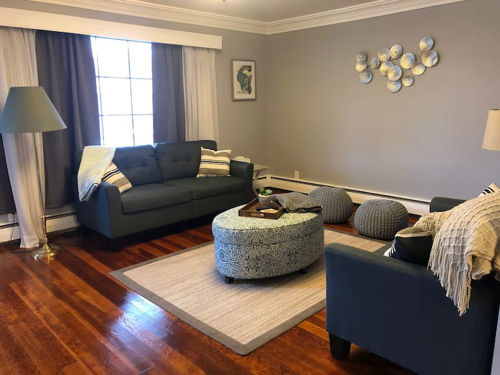Spacious & Peaceful Home in the heart of Sheboygan