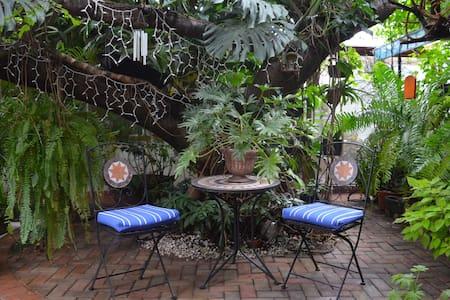 Casa Prashad - espacio de equilibrio y armonia - San Felipe del Agua - Bungalow