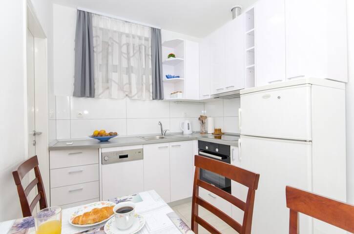 Kanela apartment