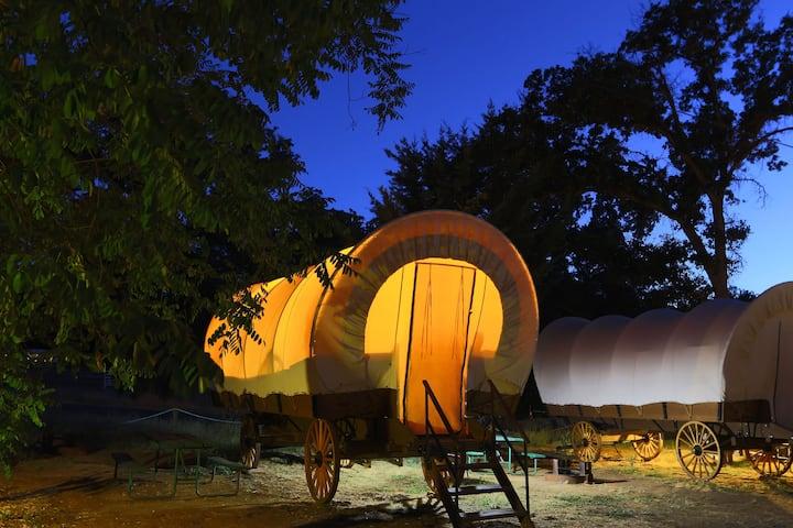Yosemite Pines Family Lodging Conestoga Wagon 6