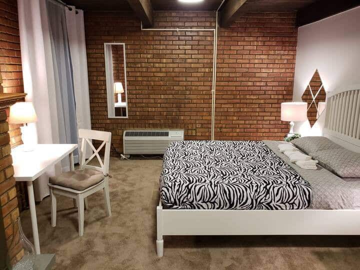 Beautiful Loft 5 min to downtown Chicago