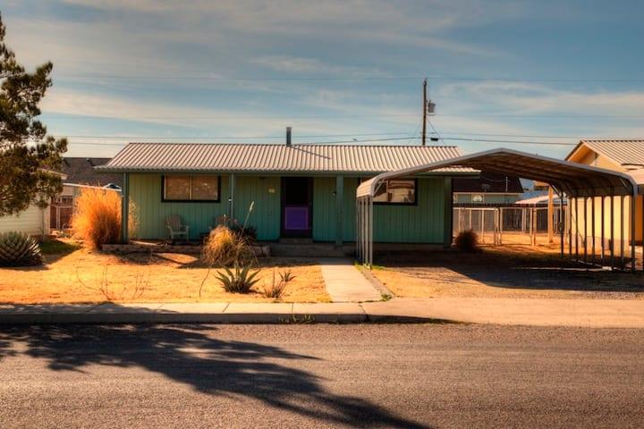 Purple Door Guesthouse