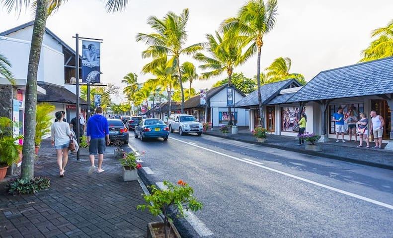 Sunset boulevard - Grand baie