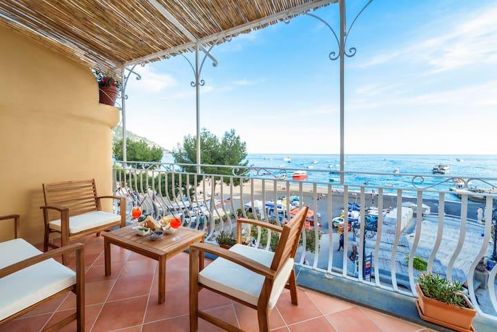 Villa Dani - Sea View Apartment in Positano
