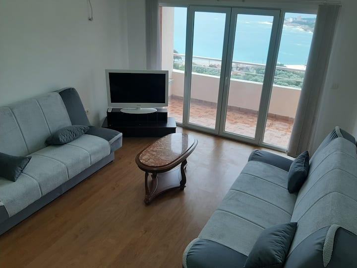 Prelijep apartman sa pogledom na more