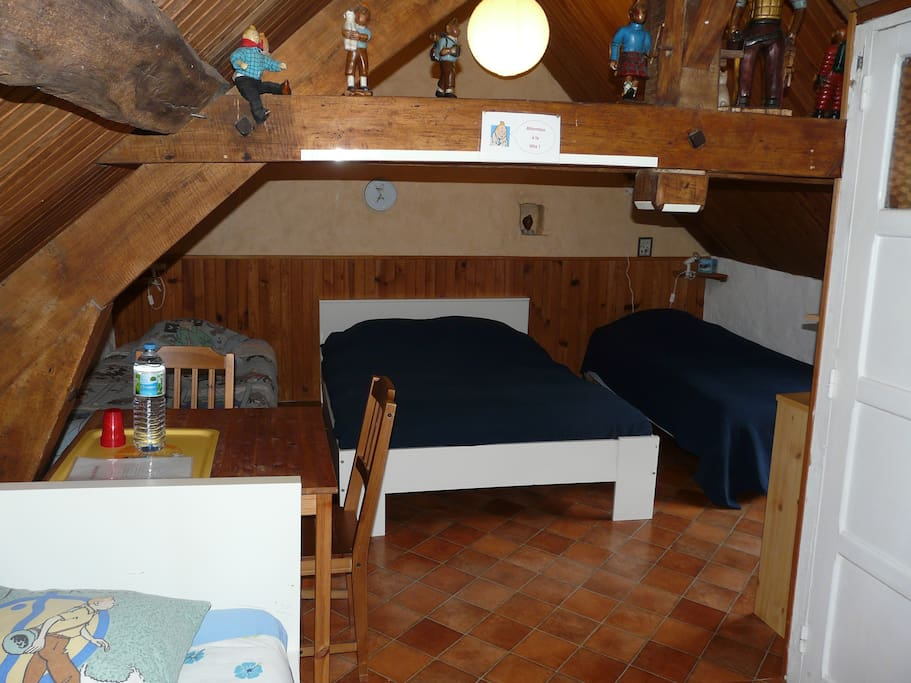 """Bedroom """"TinTin"""" - 1 double bed - 3 Single beds"""