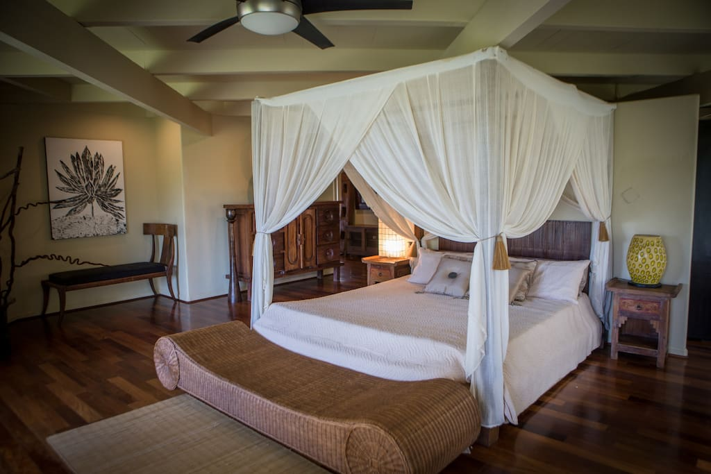 "Lumi Ku'uipo - ""Sweetheart"" private suite with pool.  This is the master suite of a five-bedroom Mansion.  Here is home to a Cozy King size Bali canopy bed with private bath, office, and large walk-in closet that can double as a second bedroom (upon request)."