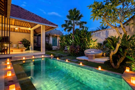 Romantic Luxury Escape in Canggu  - Canggu - Villa
