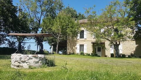 Maison Gîte en pleine campagne - Montréal du Gers-