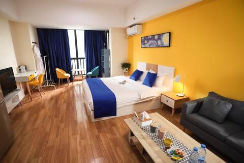 万达广场澄园公寓北欧风情主题大床房 周边欧尚 宜家 探险王国 火车站 野生动物园