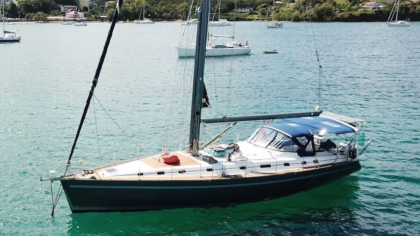 Kundalini Yacht - Trellis Bay