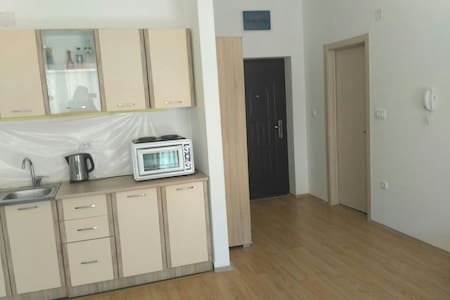 Studio in Budva 1km to Adreatic Sea - Budva - Daire