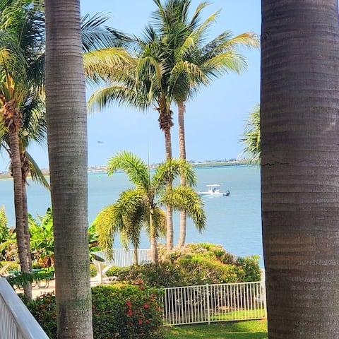 Breathtaking Waterview Condo!