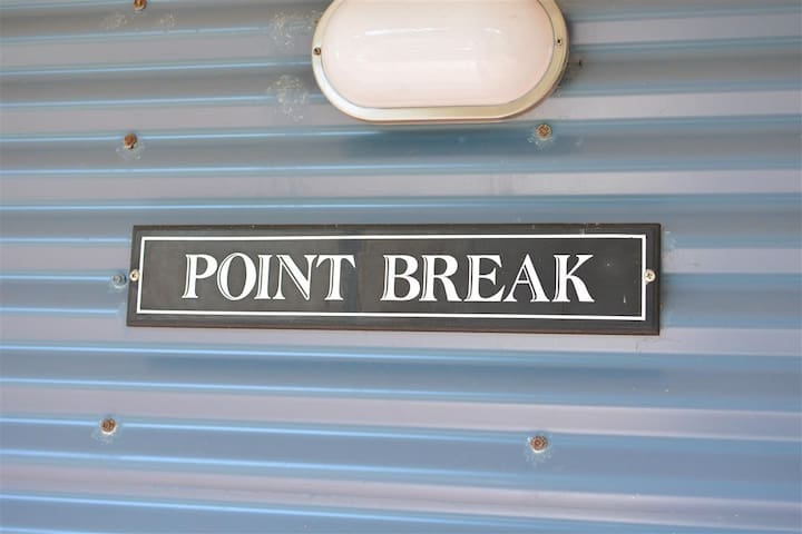 POINT BREAK - Scotts Head - Hus