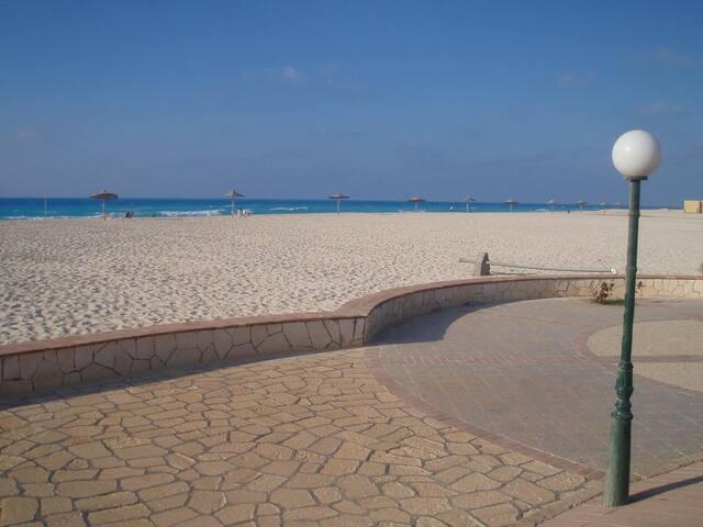 Beautiful Villa in Diplomaseen 2 with Garden - Matrouh Governorate - Villa